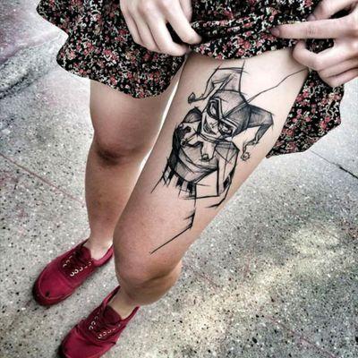 Harley Quinn by Inez Janiak #tattoodo #TattoodoApp #tattoodoBR #harleyquinn #arlequina #blackwork #lines #linhas #comics #hq #nerd #dc #quadrinhos #esquadraosuicida #suicidesquad #InezJaniak