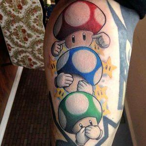 Tattoo by Schwab #tattoodo #TattoodoApp #tattoodoBR #nintendo #games #gamer #nerd #geek #cogumelos #mushrooms #colorido #colorful #Schwab