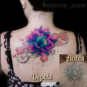 #coverup #coveruptattoo #lacetattoo #lace #Lotus #lotustattoo #lotusflower #lotusflowertattoo #sakura #brazil #brazilianartist #braziliantattoo #femaletattooartist #femaletattoo #sheronanne #TatuadoraBrasileira
