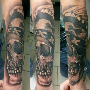 #skulltattoo #skull #worldfamousink #turaniumtattoomachine #hustlebutterdeluxe #blackandgraytattoo