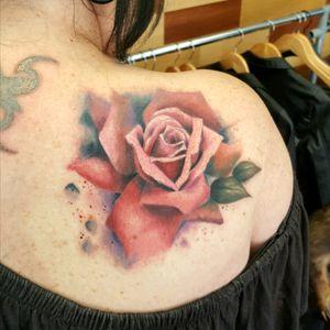 #watercolourtattoo #watercolour #watercolourrose #rose #rosetattoo #roses #colourtattoo #girlswithtattoos #inkedgirls #girlswithink