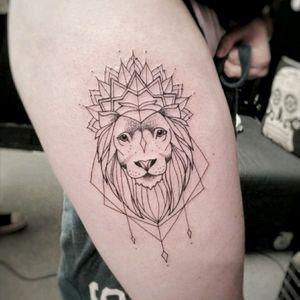 Lion By Ela #tattoobanana #tattoo #tattoos #tatts #bodyart #inked #thurles #ink #tattoolovers #tatuaze #worldfamousink #sabretattoosupplies #irelandtattoostudio #tattooprime #liontattoo