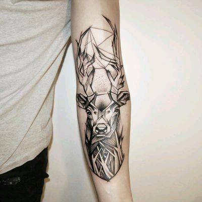 Jeleń #deer #blackwork #sketchstyle