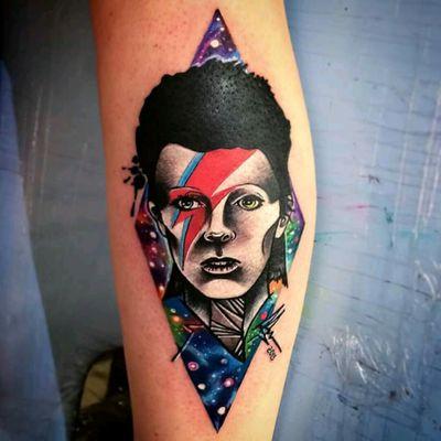 David Bowie tribute by Edson Turco Tattooist #tattoodo #TattoodoApp #tattoodoBR #DavidBowie #rock #musica #music #camaleao #chameleon #colorida #colorful #tatuadoresdobrasil #EdsonTurcoTattooist