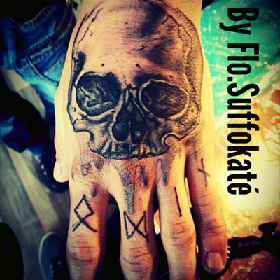 #Skull #blackandgrey #skulladdict #Odin #Runes #kwadronneedles #alphasuperfluid #2hour #Session