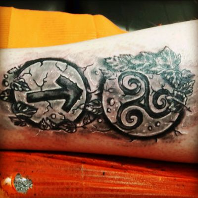 #triskel #triskelion #triskele #Runes #rune #Tyr