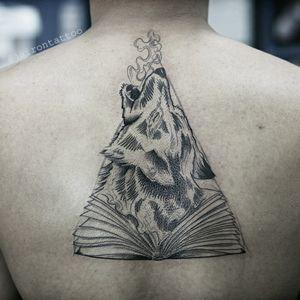 Wolf blackwork #wolftattoo #blackworktattoo #linework #wolfandbook