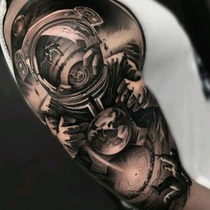 #planet #astronaut #universe #mirror #stars