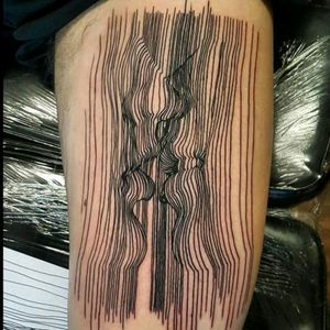 Amazing tattoo by Mark Simmons #tattoodo #TattoodoApp #tattoodoBR #tatuagem #tattoo #fineline #linhas #trippy #lábios #lips #beijo #kiss #MarkSimmons