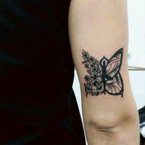 Yoga butterfly. #butterflytattoo #borboleta #yoga #yogatattoo #blackwork