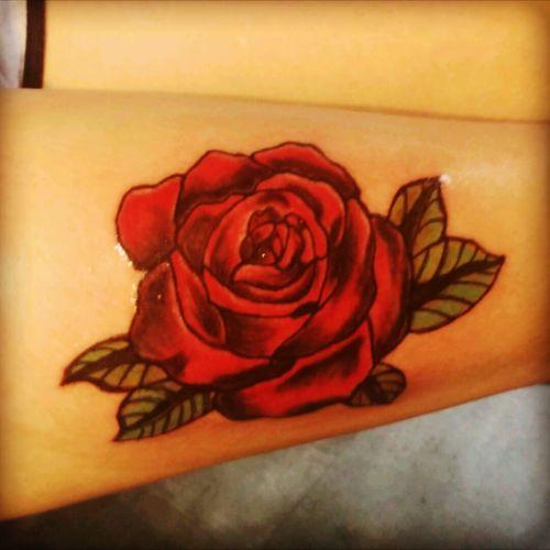 Bein tattoo frauen UPDATED: 30