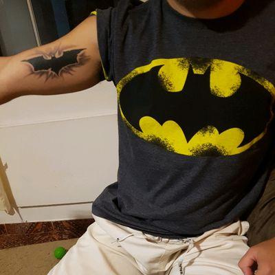 #batmantattoo #batmanlogo #batman