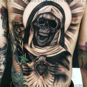 #WebMc #MalaCalleTattoo #Chicano #Realism #BlackandGrey #Skull #Virginmary #Sacredheart