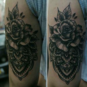 rose mandala 🌹❄