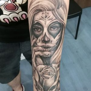In progress  #tattoogrodno #sergio  #drakkar #polska #Śląsk #tarnowskiegory #tattoo #muertos #muerte  #tattooed #inked  #rosestattoos #rose #horrortattoo #chikano #realism #religious