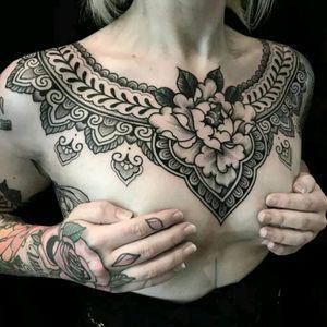Jack Peppiette #tattoodo #TattoodoApp #tattoodoBR #tatuagem #tattoo #blackwork #fineline #geometria #geometry #JackPeppiette
