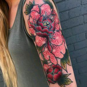Jay Joree #tattoodo #TattoodoApp #tattoodoBR #tatuagem #tattoo #flores #flowers #colorida #colorful #pontilhismo #dotwork #JayJoree