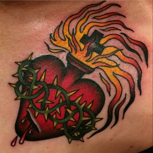 Sacred Heart by Becca Genne-Bacon #beccagennebacon #sacredheart #AmericanTraditional #handofglorytattoo