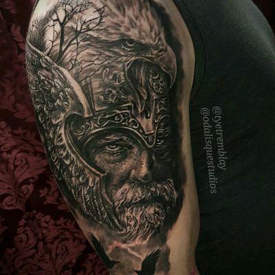 #odin #raven #eagle #viking #norsemythology #norsegod #portraiture #blackandgrey #realism