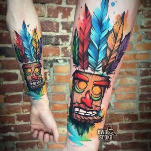 Ewa Sroka. #tattoodo #TattoodoApp #tattoodoBR #tatuagem #tattoo #gamer #games #crash #crashbandicoot #akuaku #colorida #colorful #nerd #geek #EwaSroka