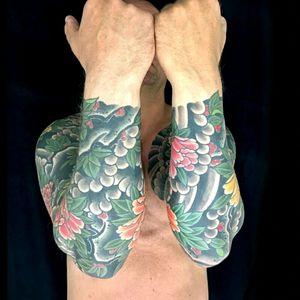Peony sleeves by Henning  #royal #royaltattoo #royaltattoodk #royalink #royaltattoodenmark #helsingørtattoo #ElsinoreInk #peony #japanese #sleeves #arms #henningjørgensen #thedane