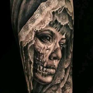 #SergioSanchez @sergiosanchezart #Realism #BlackandGrey #Skull #Ladyhead