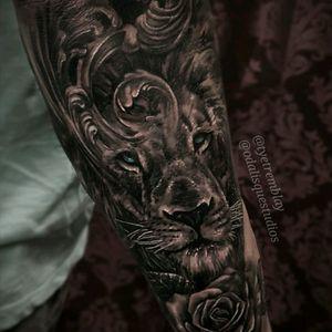 #lion #blueeyes #blackandgrey #realism