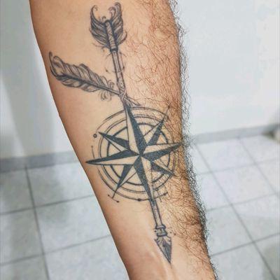 #RosaDosVentos #Compass #Flecha #Arrow #BlackWork