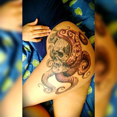 Kraken ❤️ #kraken #tatuados #tatuadoresmexicanos #mexican #ink #joelmorales #joelblackink #blackandgrey #blackwork #blackink #tatuaditatevesmasbonita #14hrs #3session