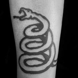 METALLICA is in da House...!!! Serpiente del black album