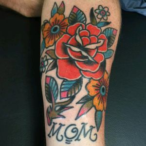 #Traditional #TraditionalRose #MomTattoo