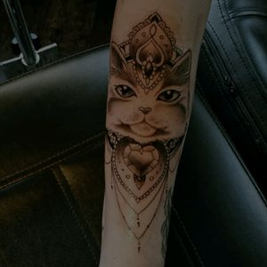 @naokotattoo #cattattoo #tattoo #ornementaltattoo #girlwithtattoos #inked
