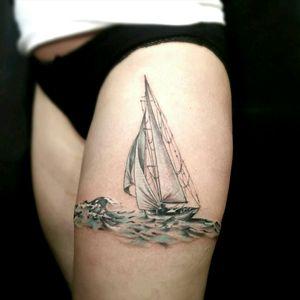 @blackhatsergy #blackhattattoo #sailingyachttattoo #boattattoo #seatattoo #girlstattoo
