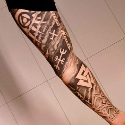 #viking #blackwork #symbol #norse #tattooaddict