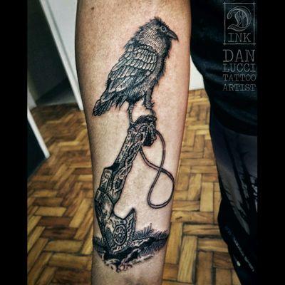 #blackwork #blackline #linework #fineline #tatoooftheday #crow #corvo #viking #OdinsRavens #raven #Vikings