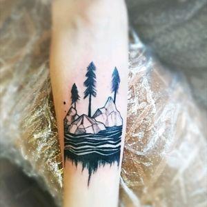 #tattooart #tattooartist #tattooodessa #graphic #graphictattoo #girlstattoo #mountains #mountaintattoo #minimalistic #minimaltattoo #minimalism #inkart #inkedgirl
