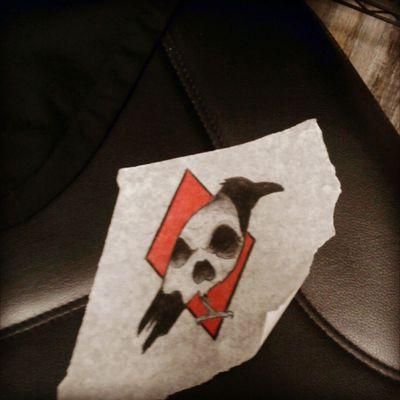 #raven #crow #hipsterstamp #redonyou #triangle #red #blackwork #Threekeystattoo #st.catherines