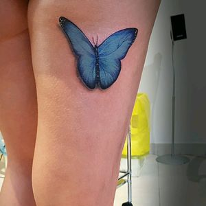 Blue butterfly color #butterflytattoo #tattoo #butterflycolors #realistictattooartist #realisticbutterfly #tattoorealista #tattoogirls #inkedgirl #inkedart #thedoud #tattoolifemagazine #inklife #inked