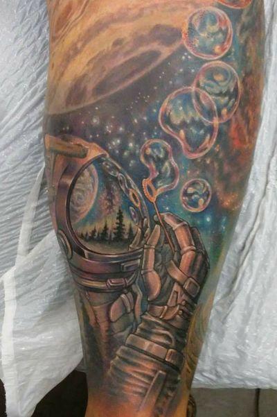 #spaceman #bubbles #colortattoo #original #cosmos