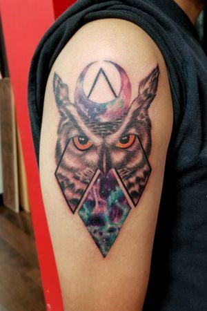 #owl #owltattoo #owndesign #geometric #geometry #blackandgreytattoo #blackandgrey #bng #blackandgreyowl