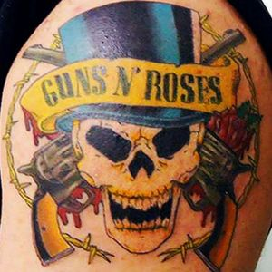 #GunsNRoses #guns #skull #skulltattoo #roses #zentattoo #zentattoos
