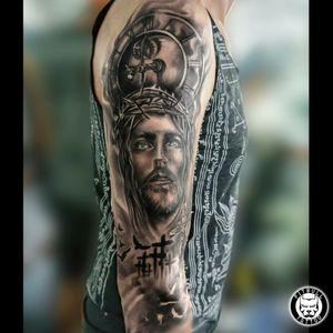 #blackandgray #art #artist #tattoos #tattooing #tattoo #tattoomag #inK #inkdmag #tattoomagazine #tattoos_of_instagram #tattoolifemagazine #tattooinstagram #tattoomania #tattoocultur #tattoocomunity #tattooculturmagazine #tattooare #besttattoos #tattooed #tattoooftheday #picoftheday #realistictattoo #jesus #jesustattoo #JesusChrist