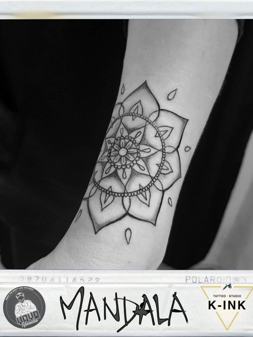 #mandala #mandalas #mandalatattoo #flowertattoo #flower #geometrictattoo