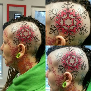 Pink snowflake tattoo on a woman's head Session 1. Tattoo in progress #pink #pinktattoo #pinksnowflake #pinkhead #snowflake #winterlove #headtattoo #womanhead #womanheadtattoo #womansnowflake #headandneck #head&neck #girl #girly #girltattoo #girlytattoo #girlysnowflake #girlheadtattoo #neck #necktattoo #face #facetattoo #womanface #womanfacetattoo #woman #faceart