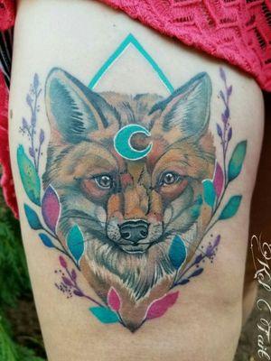 How beautiful is this freshly healed photo Adrianne sent me of her fox 😍 . #foxtattoo #foxesofinstagram #redfox #healedtattoo #ilovefoxes #botanicaltattoo #naturetattoo #watercolourartist #watercolortattoo @tattoosnob @perfecttattooartists #with #inkedgirl #inkstinktsubmission @inkstinctcolors @skinart_mag @tattoosnob @linkforink #thighpiece #leaftattoo #moontattoo