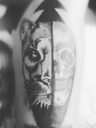 #puma #schädel #dotwork #frau #inkgirl #inked #tattooedwoman #love#tattoos #follower#follow #familie #cheyenehawk #eternal #dreamtattoo #mindblowing #tattooed #tattooedwoman#inkgirl #blackgrey #artist