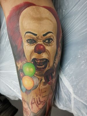 Finished Pennywise, face a few months healed! #tattooofday #tattoo #portrait #it #pennywise #horror #alanaldred