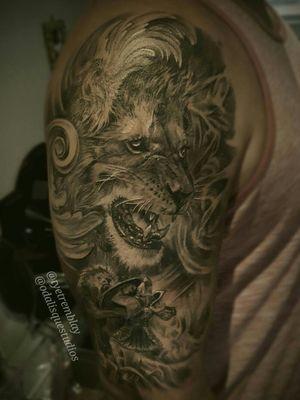 #healed #lion #gladiator #halfsleeve #blackandgrey #realism