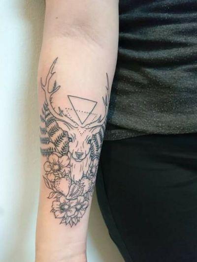 My newest tattoo ❤️ Made by Linzi Black on November 19th of 2017 #deer #buck #blackwork #finelines #feminine #floral #flowers #strawberries #linework #stag