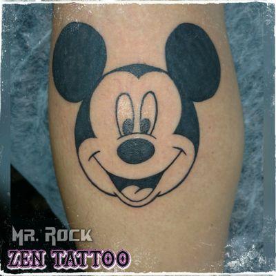 Zen Tattoo - MICKEY. #disney #mickey #tattoo #tatuagem #tatuaje #tatouage #tatuaggio #instattoo #inklife #inklovers #tattoolife #tattoolovers #tattoodo #taquaritinga #taqua